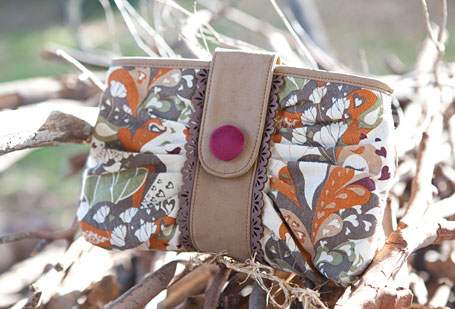 b.sirius Tree of Life Cafe Clutch