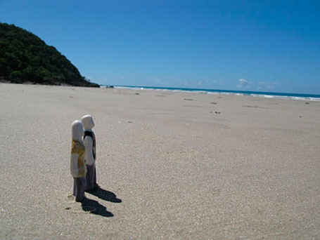 Little People at the beach by Sandwich Mountain, a collaboration between Brisbane-based ceramicists Mel Robson and Kenji Uranishi.