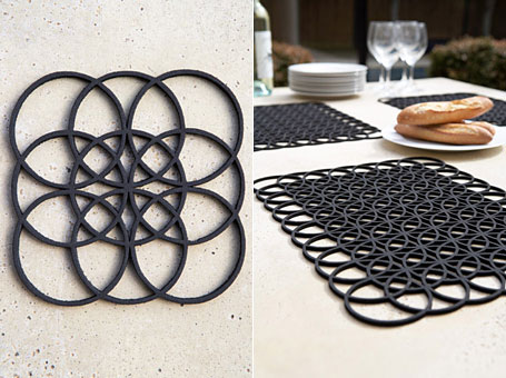 The Link Placemat & Coasters (pictured above)