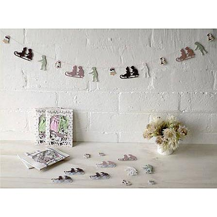 Sleigh Garland Diy Decoration Kit Indie Art Amp Design